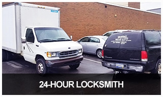 image of the WRG locksmith truck on an 24-hour service call